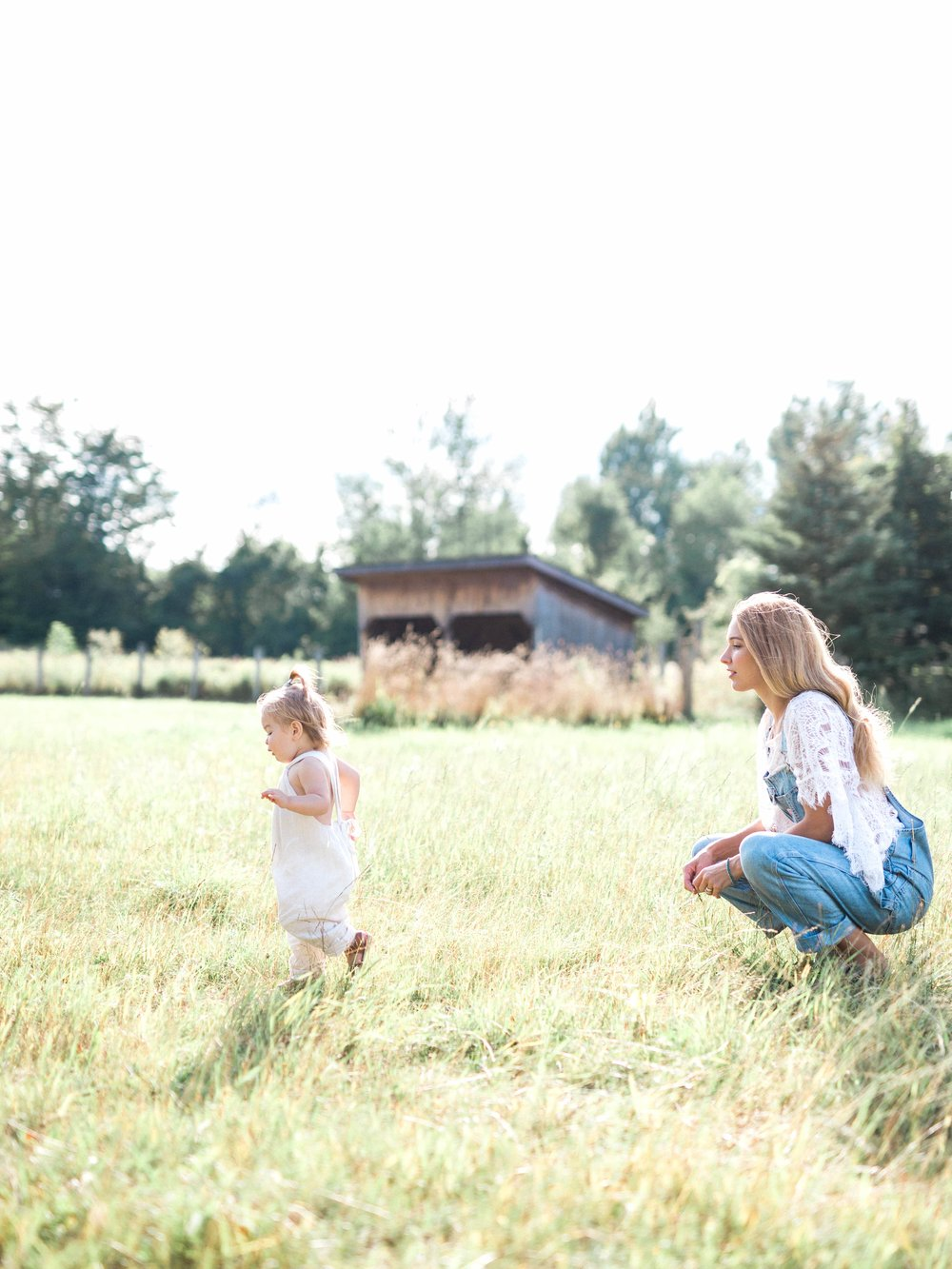 Mother and Daughter on Cottage Hill109.jpg