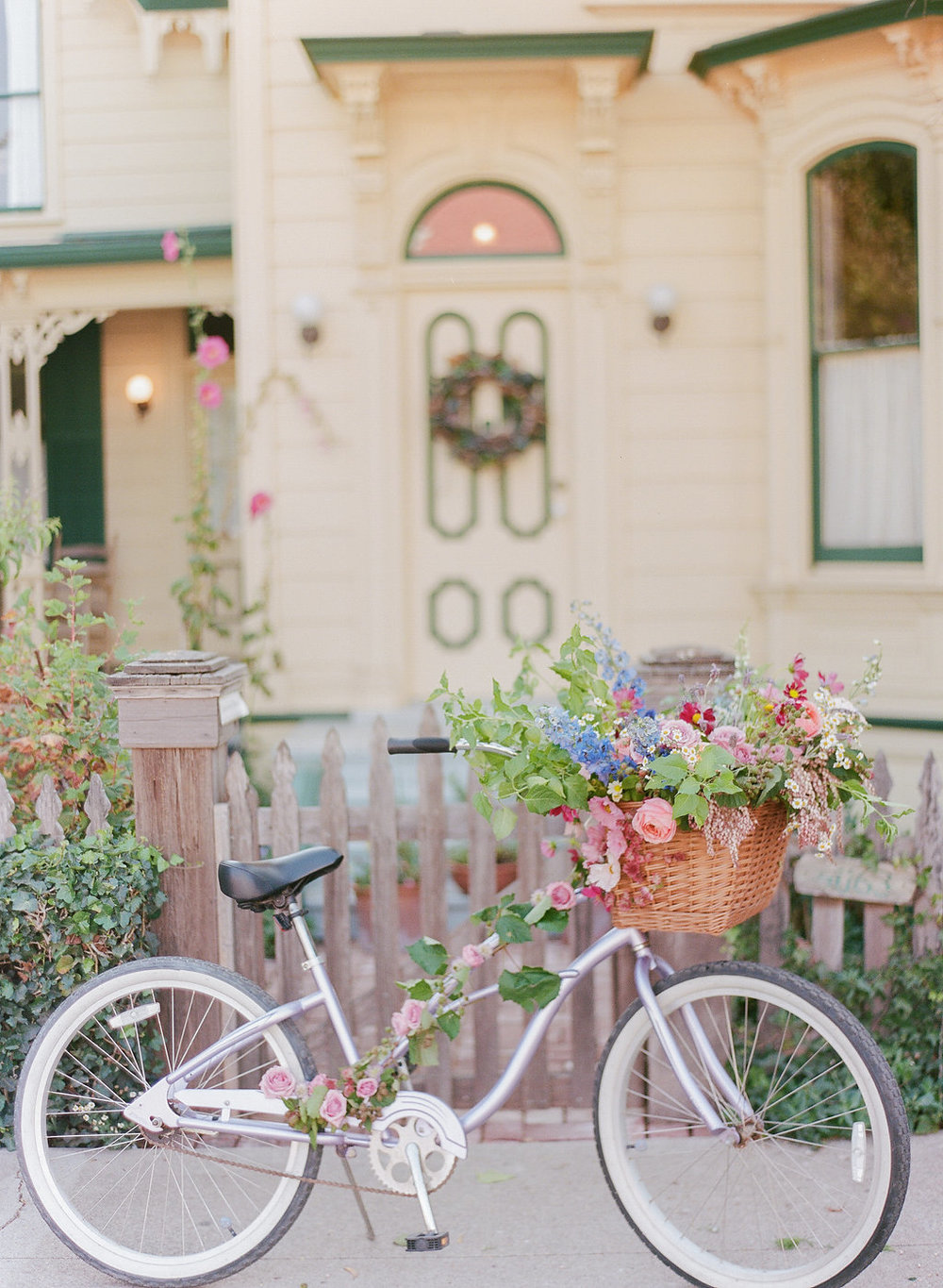 Summer Engagement Session now on Cottage Hill | cottagehill.co5.jpg