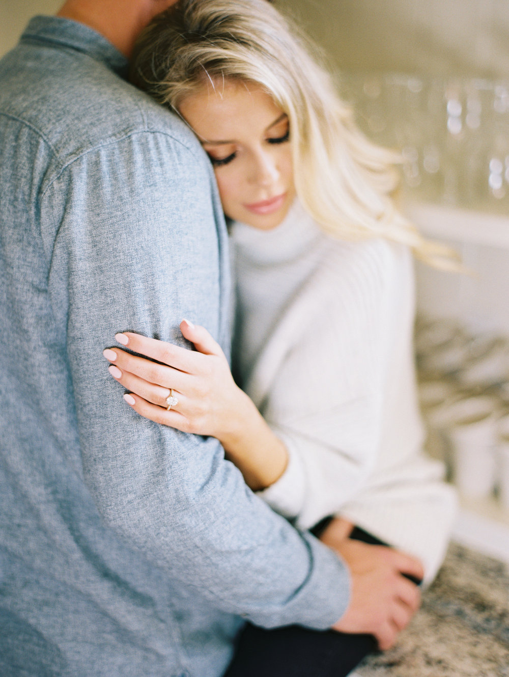 © Cottage Hill, LLC | Cozy Farmhouse Engagement | cottagehill.co26.jpg