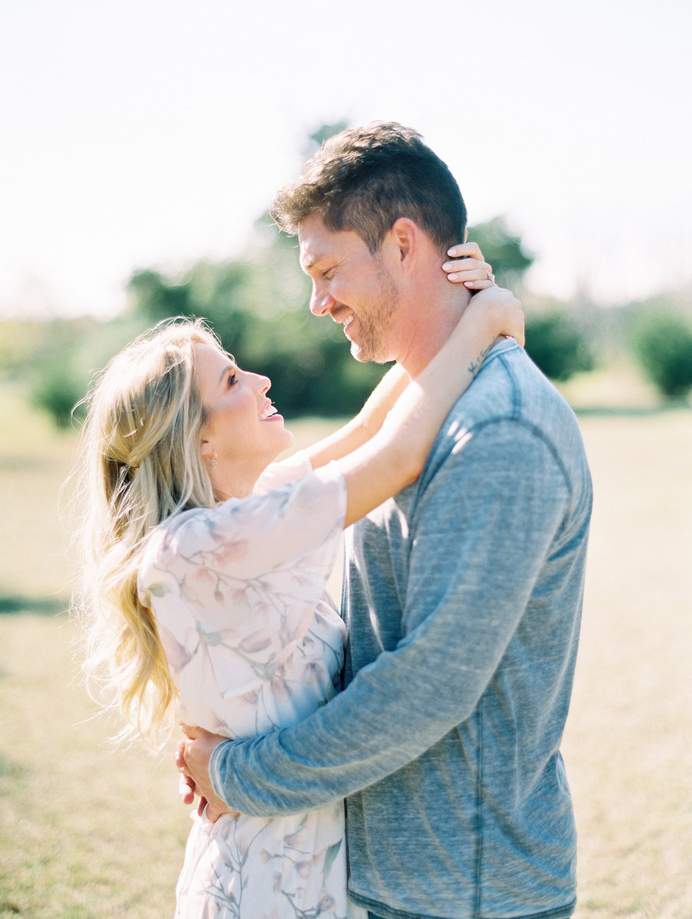 © Cottage Hill, LLC | Cozy Farmhouse Engagement | cottagehill.co40.jpg