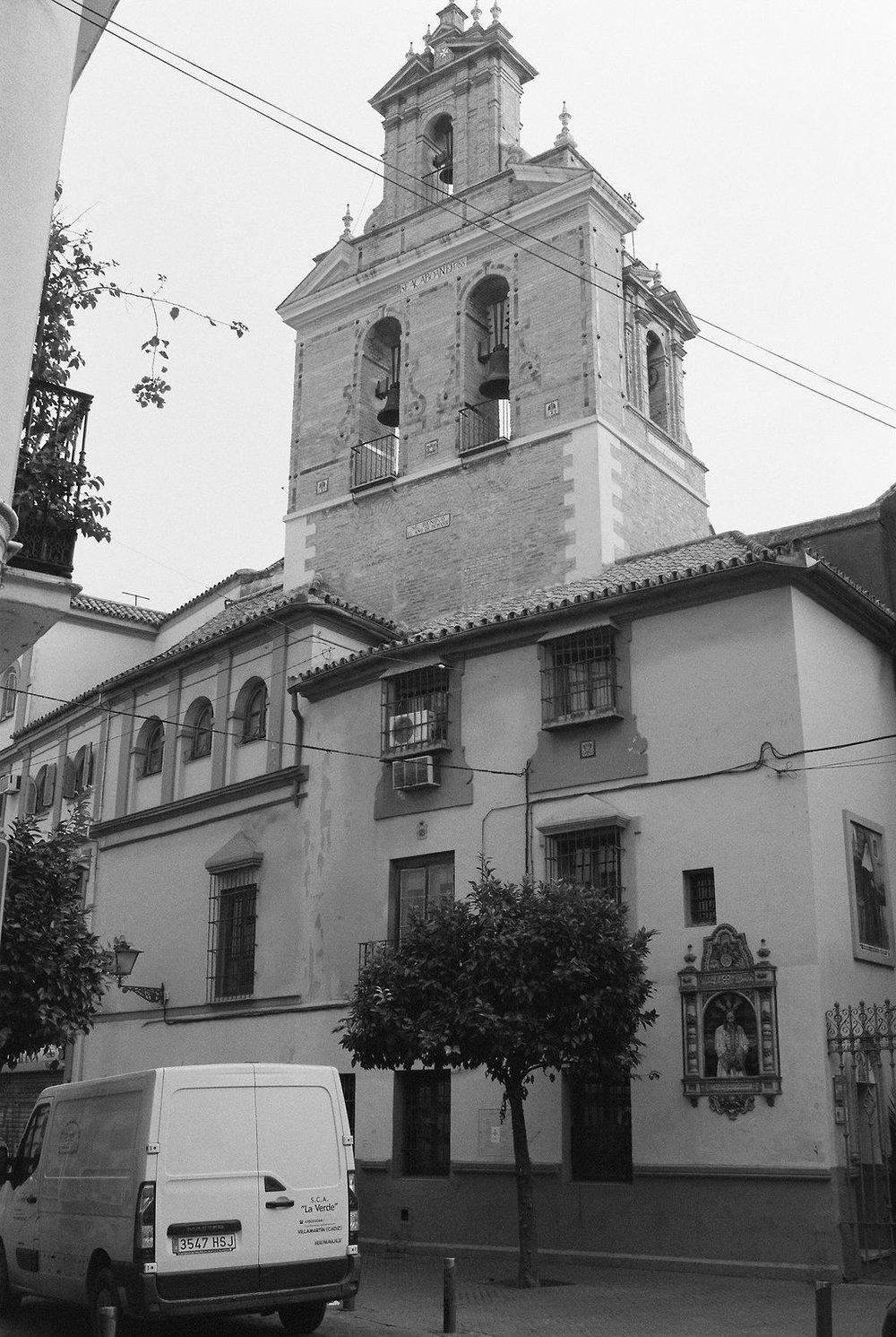 © Cottage Hill, LLC   cottagehill.co   Lisbon on Film5.jpg