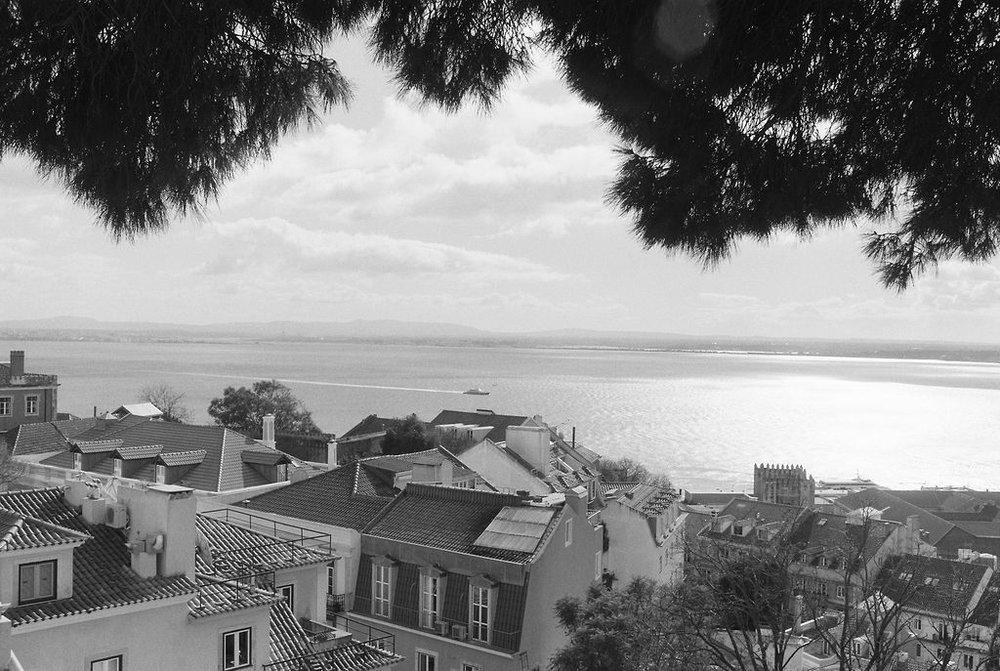 © Cottage Hill, LLC   cottagehill.co   Lisbon on Film15.jpg
