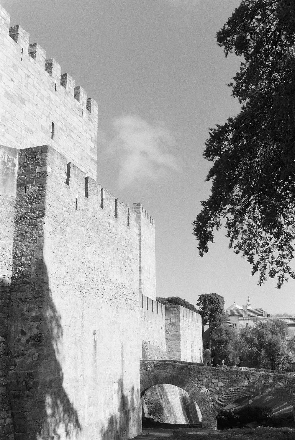 © Cottage Hill, LLC   cottagehill.co   Lisbon on Film18.jpg