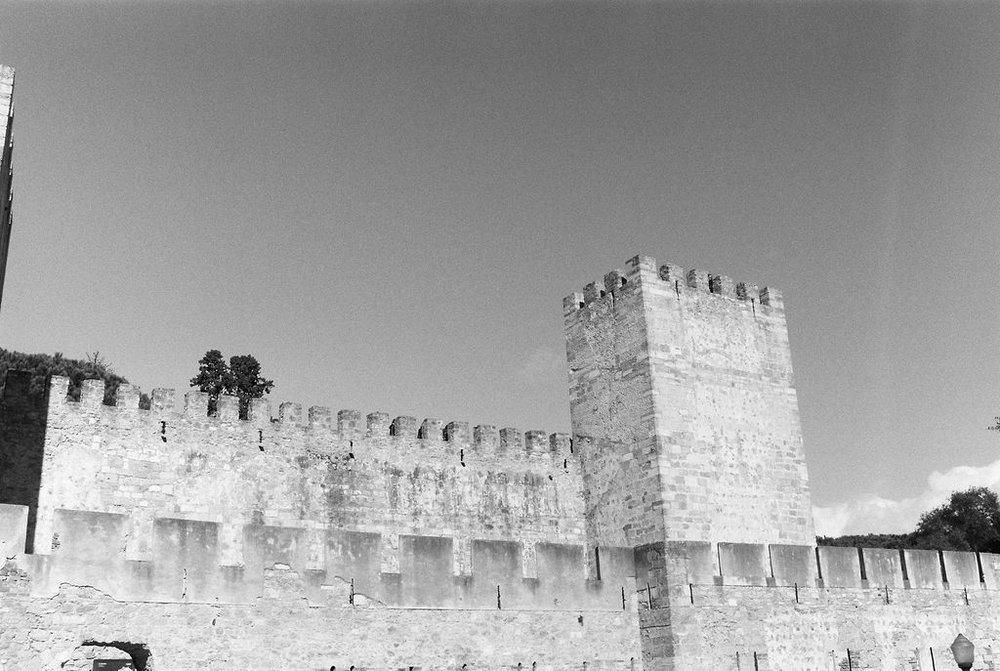© Cottage Hill, LLC   cottagehill.co   Lisbon on Film26.jpg