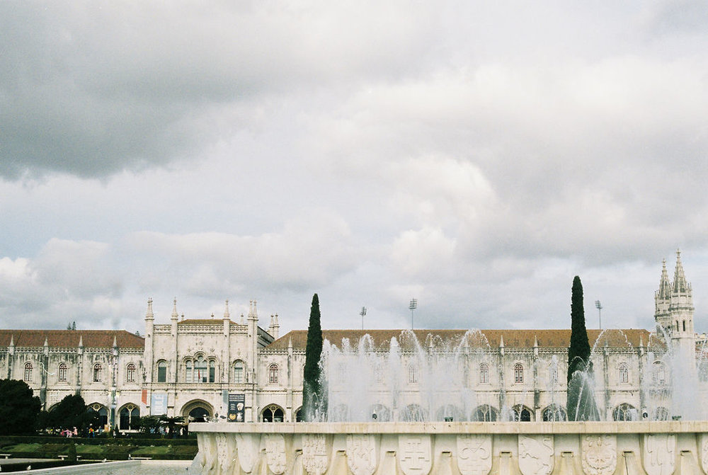 © Cottage Hill, LLC   cottagehill.co   Lisbon on Film30.jpg