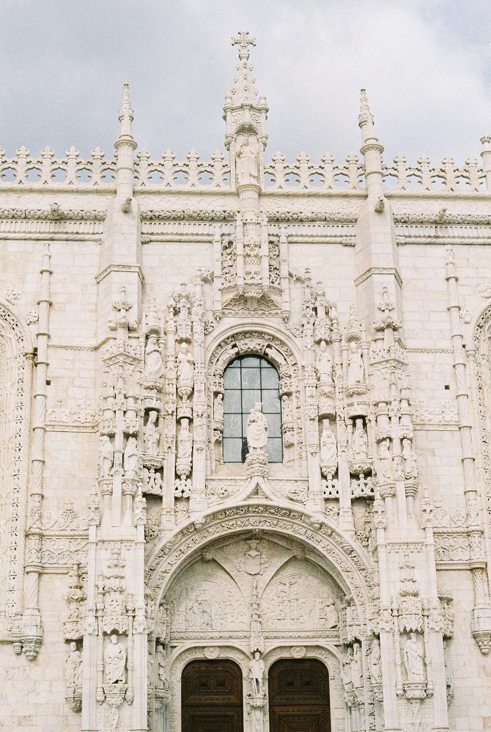 © Cottage Hill, LLC   cottagehill.co   Lisbon on Film32.jpg