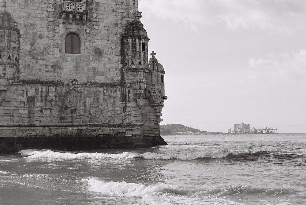 © Cottage Hill, LLC   cottagehill.co   Lisbon on Film35.jpg