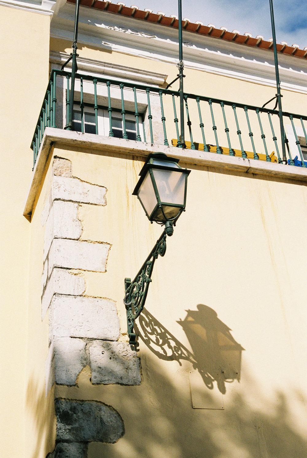 © Cottage Hill, LLC   cottagehill.co   Lisbon on Film47.jpg
