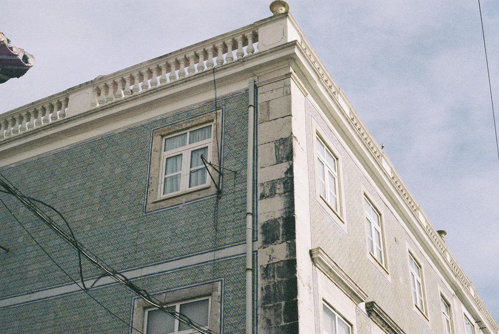 © Cottage Hill, LLC   cottagehill.co   Lisbon on Film76.jpg