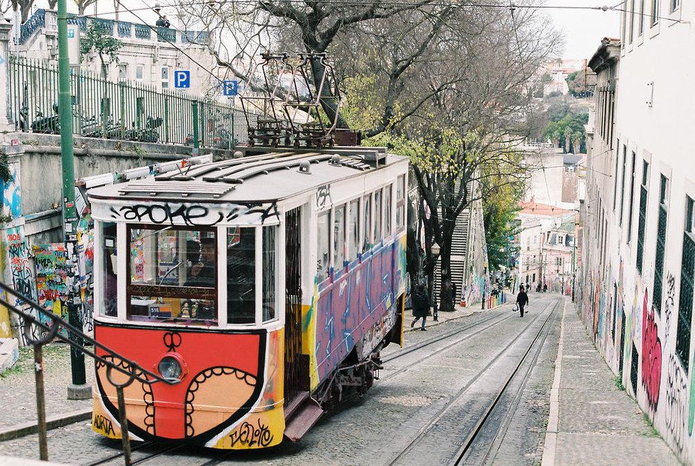 © Cottage Hill, LLC   cottagehill.co   Lisbon on Film87.jpg