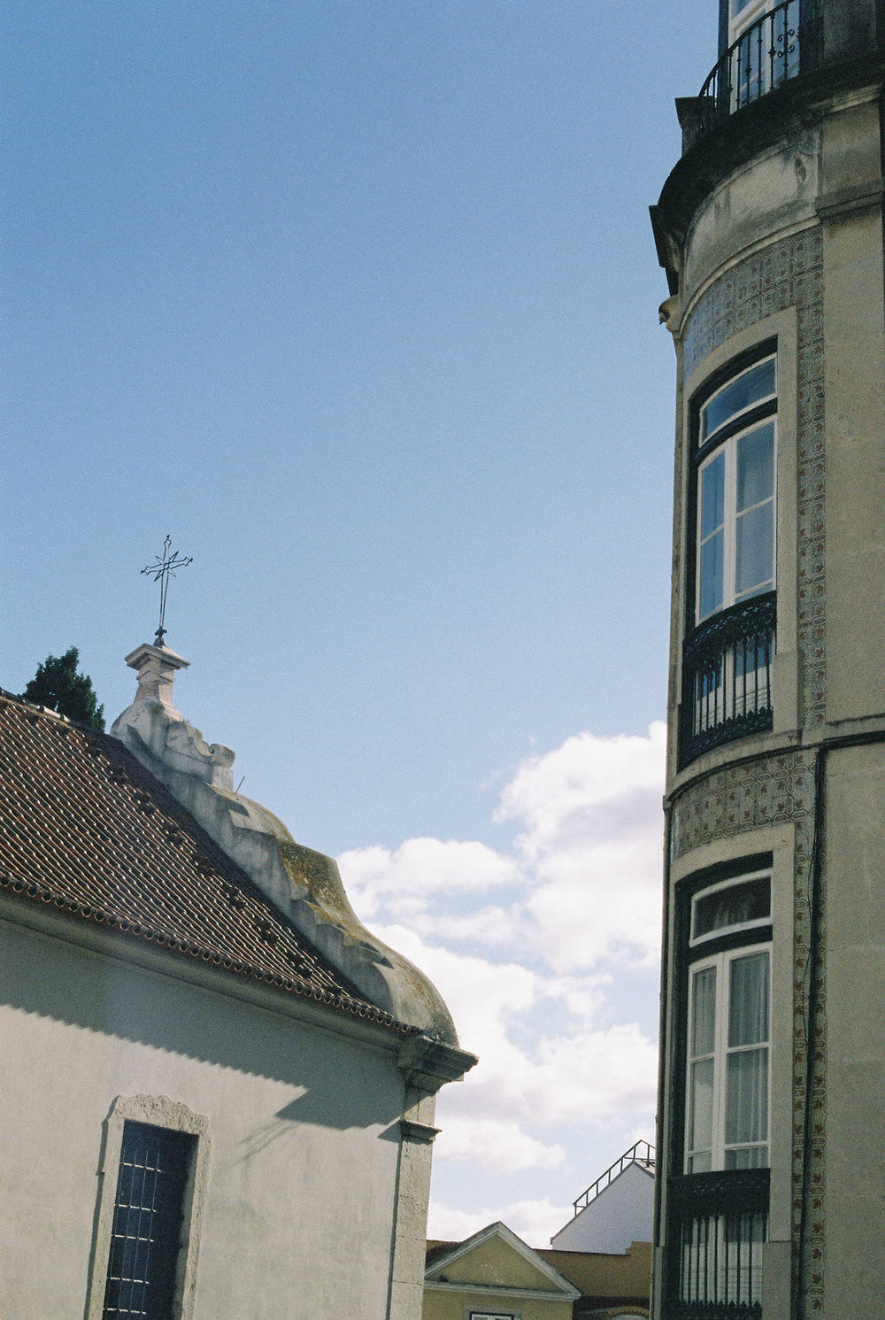 © Cottage Hill, LLC   cottagehill.co   Lisbon on Film90.jpg