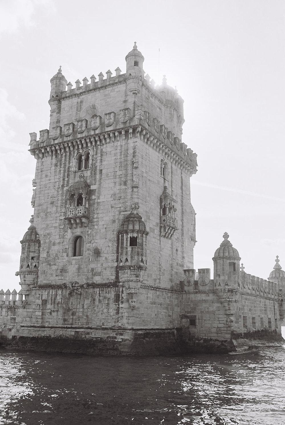 © Cottage Hill, LLC   cottagehill.co   Lisbon on Film95.jpg