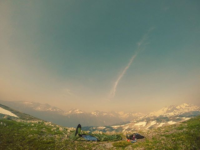 #smokeshow in the coastal mountains. . . . . . #hiking #camping #getoutside #mountainlife #whistlerlife #bcwildfire #magiclight #alpinesolitude