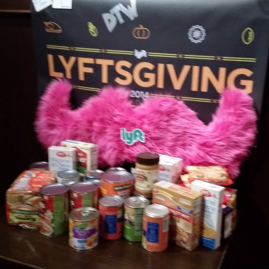 Detroit Lyftsgiving 3.jpg
