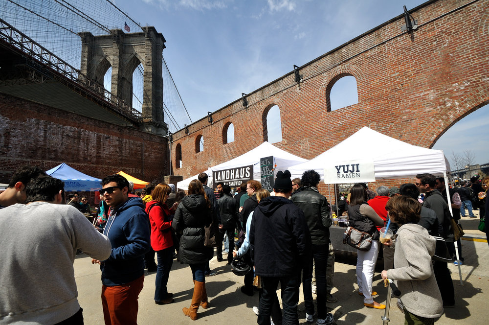 Brooklyn Bridge Park : Dumbo Flea .jpg