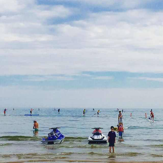 Great day to SUP #supyacs #truenorthtreks #cancersurvivor #ionlyfellonce #montrosebeach #chicago #lakemichigan