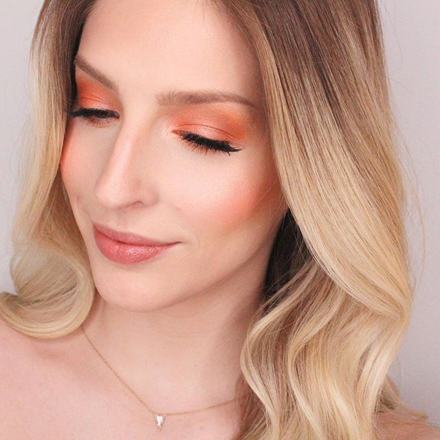 Very happy with the new @anastasiabeverlyhills dipbrow gel 👍🏼I have it in blonde and have used it nonstop this week! Also can't put down my @narsissist ignited palette 🎨 🤷🏼♀️😂