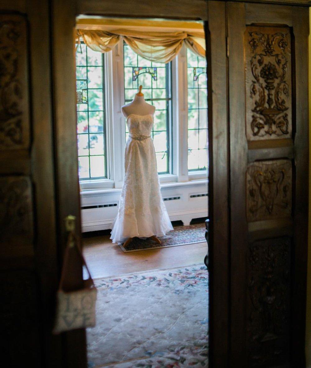 Wedding Dress, Tacoma Wedding Photographer