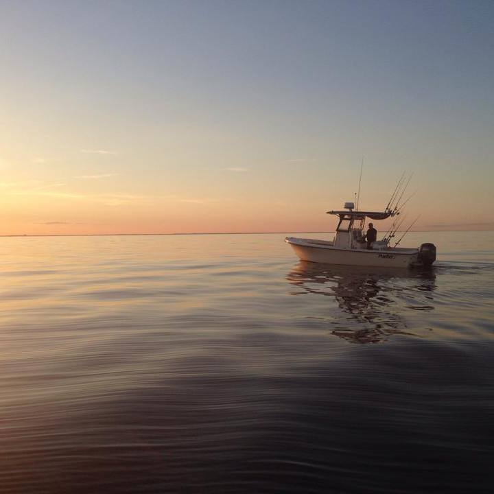 Merrimack River charterboat.jpg