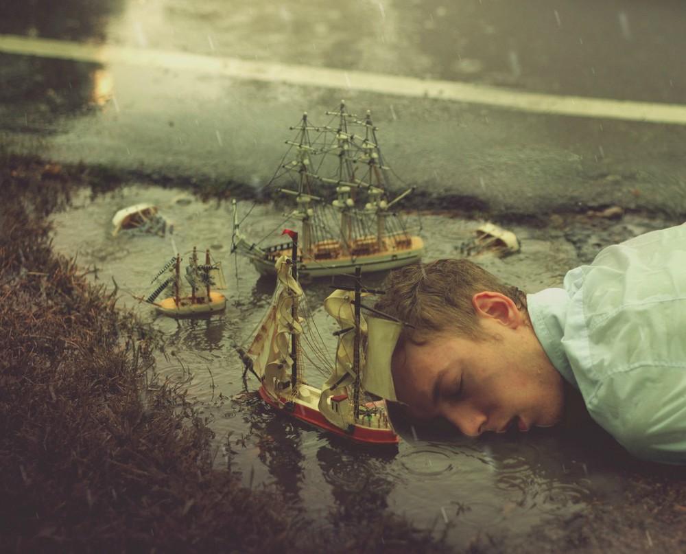 05-sinking-captain.jpg