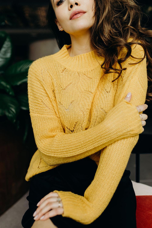 Hudson-yellowsweater4.jpg