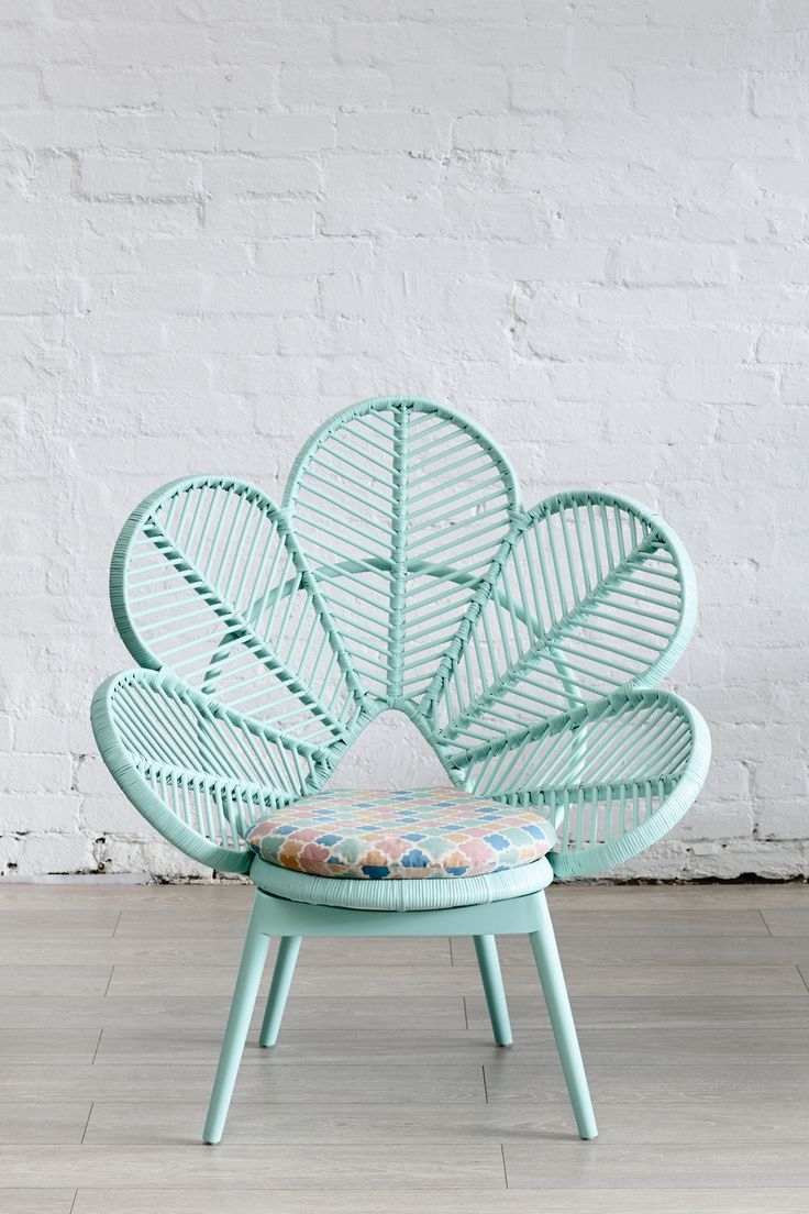 FABULOUS mint green peacock chair by   Christy the Colorista   ( i'm officially in love with this girl,  this blog has everything pastel!). This piece fulfills my obsession with mint green & peacocks #Swoon