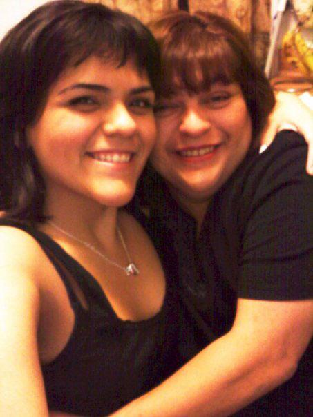 Mami & I love taking selfies together :)