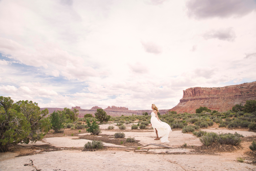 MARIACORONAPHOTOGRAPHY_MOAB_WEDDING_062.JPG