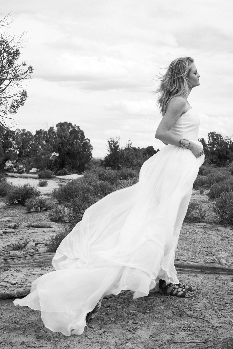 MARIACORONAPHOTOGRAPHY_MOAB_WEDDING_047.JPG