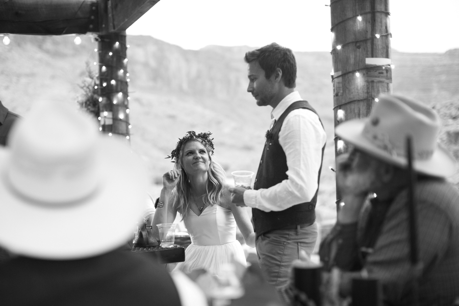 MARIACORONAPHOTOGRAPHY_MOAB_WEDDING_121.JPG