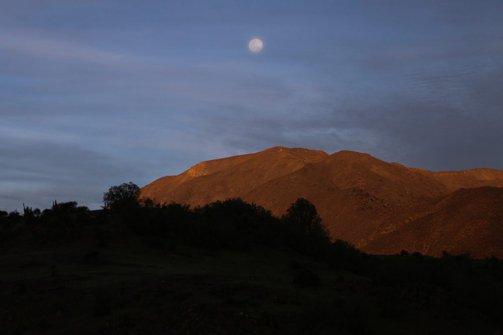 Moonrise near Petorca.