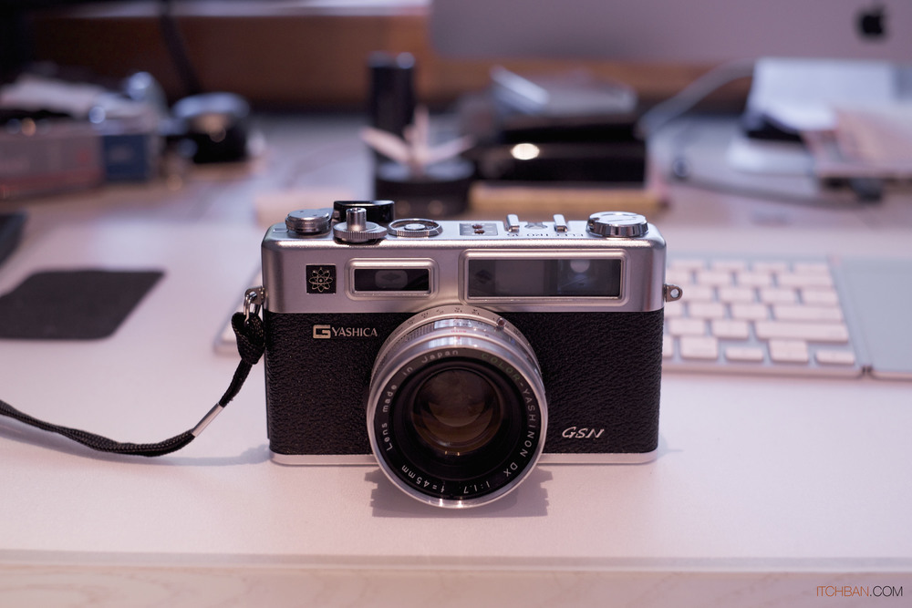 Yashica Electro GSN 35mm Film Rangerfinder Camera front 2