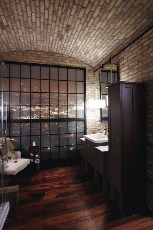 LOFT BATHROOM OVERLOOKING CITY ITCHBAN.COM