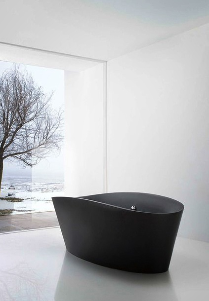 Black bathtub with glass wall view ITCHBAN.com