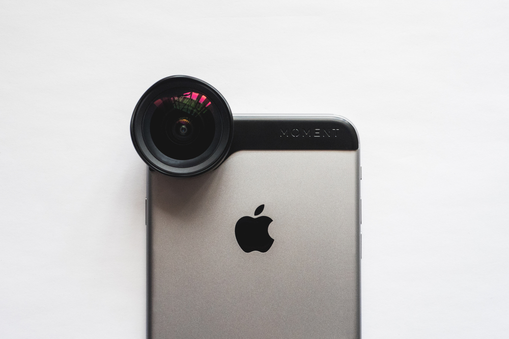 MOMENT LENS WIDE FOR IPHONE 6 PLUS HERO