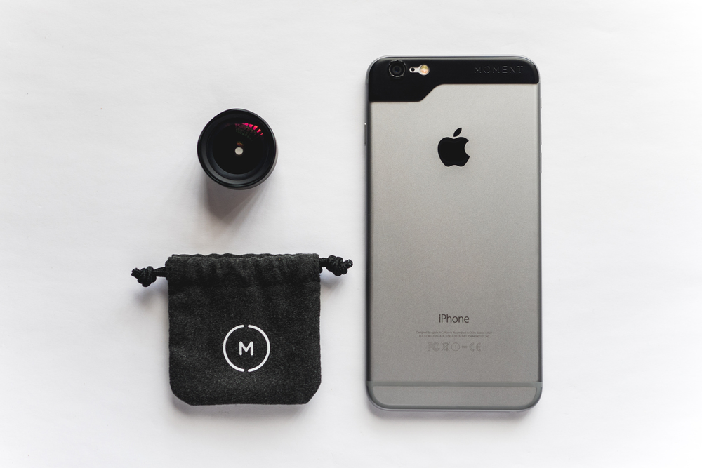 MOMENT LENS WIDE FOR IPHONE 6 PLUS WITH POUCH.jpg