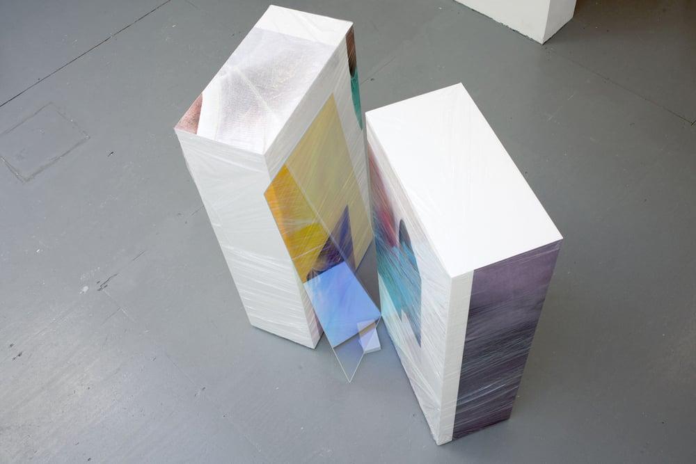 anouk_kruithof_sweaty_sculpture_front_2