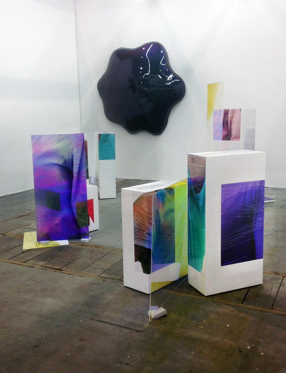Sweaty Sculptures with works of  Bob Eikelboom at BoetzelaerINispen at Art Bruxelles 2015
