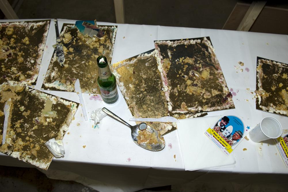 temporary_cakes_08.jpg