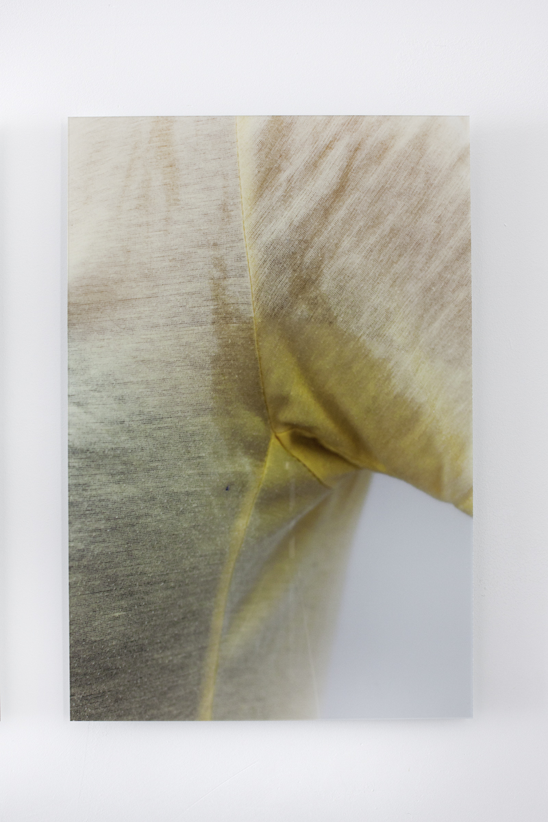 Sweat-stress (armpit/light-yellow), Ultrachrome print with diasec, Edition of 4 + 2 AP, 40 x 60 cm