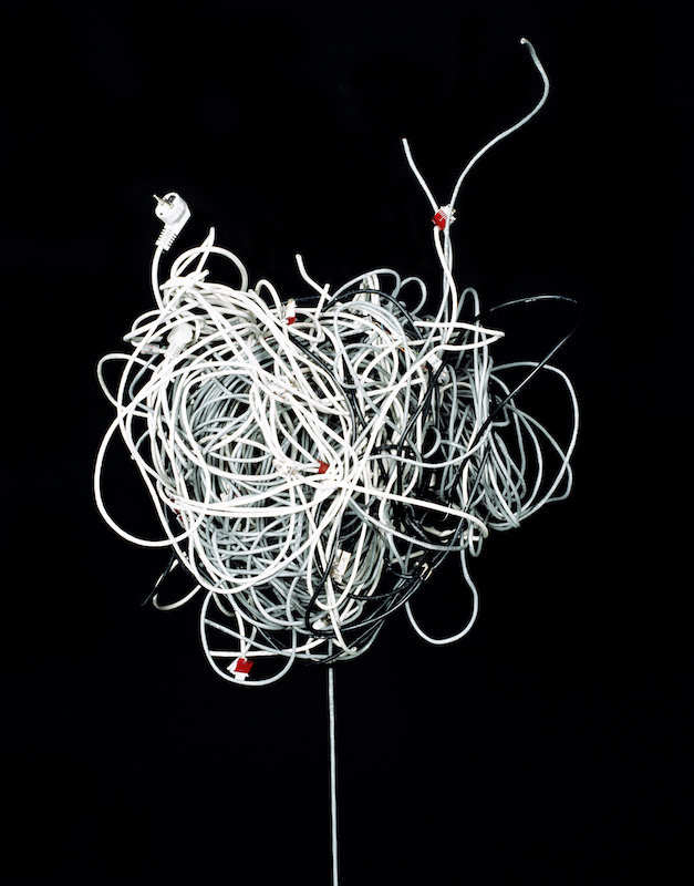 Untitled (wired) #2, 2008 / 31-40 CM/ INKJETPRINT, HAHNEMÜHLE BARYTA PAPER / PRINT OR FRAMED PRINT