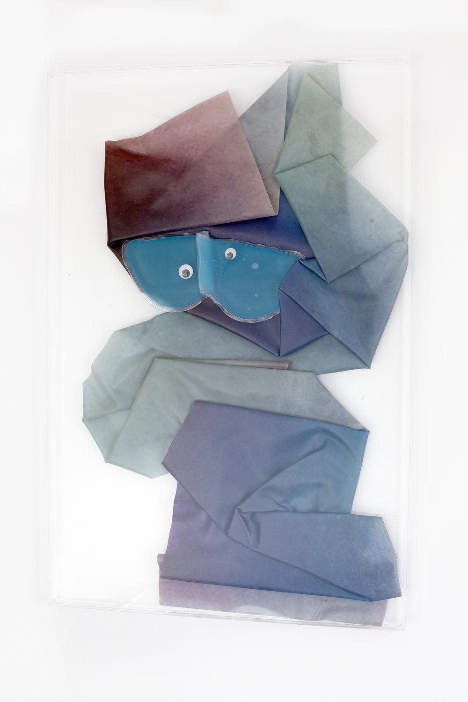 KOOKY, 2018, sculpture (unique), 60 X 40 X 1,6 cm, inkjetprint on latex, transparent acrylic, eye gel mask, plastic eyes