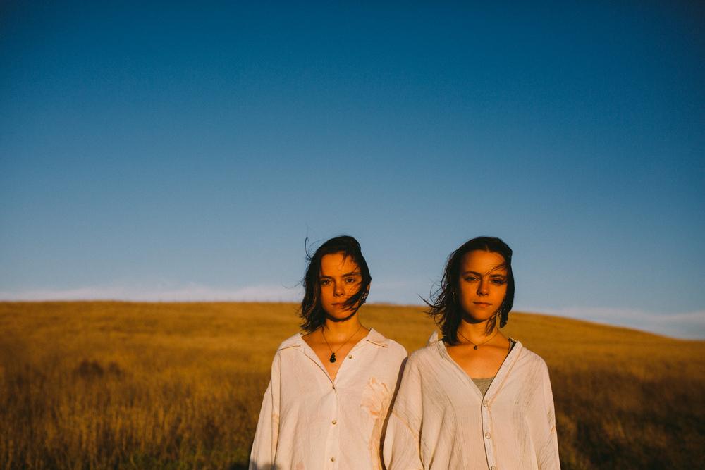 Mel+Sarah-Dean Raphael-2.jpg
