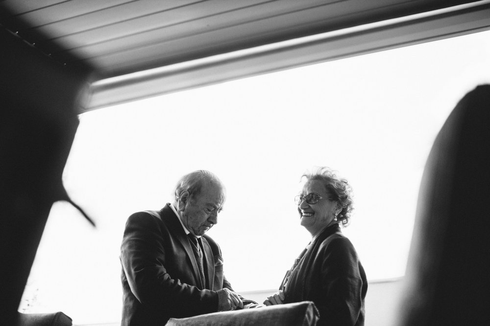 S+C-Blog Stones Of The Yarra-Dean Raphael-Melbourne Wedding Photographer-31.jpg