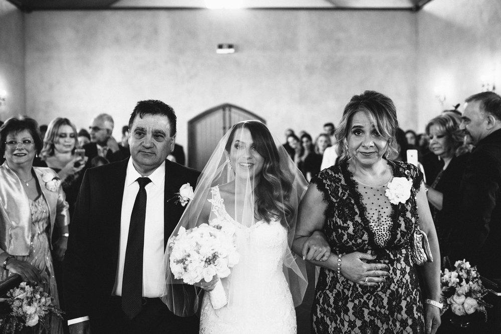 S+C-Blog Stones Of The Yarra-Dean Raphael-Melbourne Wedding Photographer-79.jpg
