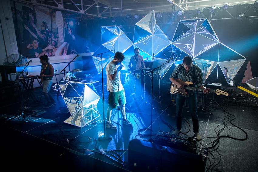 Asteriskos-yeasayer-digital-fabrication-creatorsproject-arandalasch-stage-fragrantworld-caseyreas-processing-rehearsal.jpg