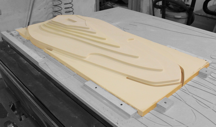ztable-asteriskos-organic-maya-table-fabrication-modern-foam-furniture-process-cnc-layered.jpg