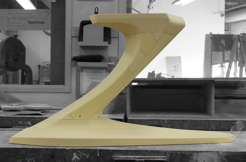ztable-asteriskos-organic-maya-table-fabrication-modern-foam-furniture-process-cnc-side.jpg