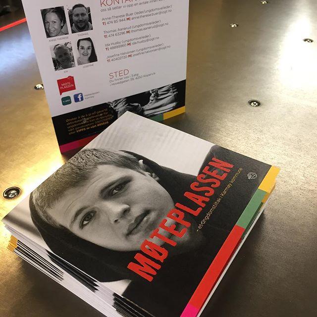 Brosjyre for Møteplassen, designet og produsert hos oss @karmtrykk #takkforoppdraget #trykksaker #brosjyre #trykkeri