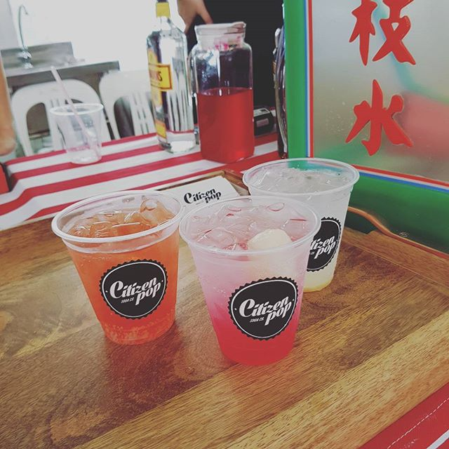 DBS HUAT AH Special Soda, Pop-eyed Popcorn Soda and the Mad Flamingo. All custom flavours for the @thelocalpeoplesg X #DBSMarinaRegatta 2016!  Today and tomorrow, May 28-29 and June 4-5 from 11am - 10pm. The Promontory @ Marina Bay.  #citizenpop #citizenpopsodabar